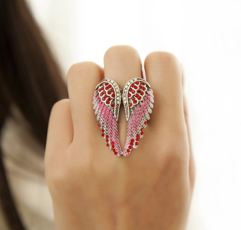 Vintage Inlaid Angelic Angel Wings Ring Elasticity Fing