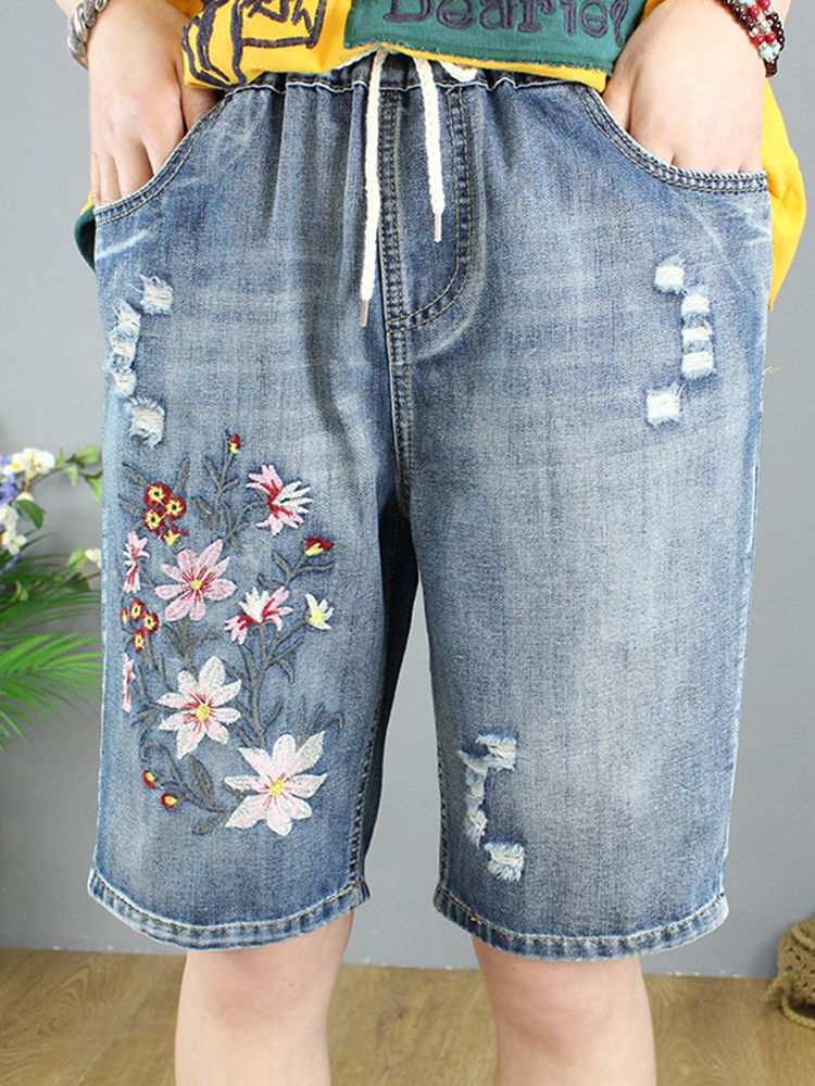 Floral Embroidery Vintage Ripped Denim Shorts