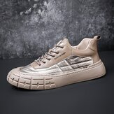 Men Stylish Down Cloth Splicing Comfy Round Toe Warm Casual Court Sneakers