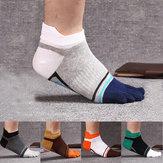 Erkek Modası Beş Kişilik Pamuk Çorap Yazı Rengi Casual Rahat Çorap