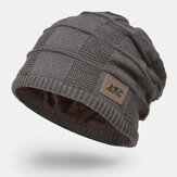 Men Plus Velvet Winter Outdoor Keep Warm Small Label Decoration Dzianinowa czapka Beanie