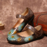 SOCOFY Retro Leather Embossed Flower Hollow Round Toe Comfy Soft Chaussures plates à semelle