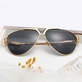 Uomo Donna Trendy HD UV400 Occhiali da sole in metallo non polarizzati