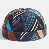 Collrown Men Corduroy Patchwork Color Irregular Stripe Geometric Patrón Moda Casual Brimless Beanie Landlord Cap Cráneo Cap