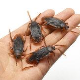 20 adet / takım Cadılar Bayramı Plastik Hamamböceği Bug Şaka Oyuncaklar Cadılar Bayramı için Gerçekçi Roaches Aptal Günü Partisi Dekorasyon