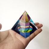 6 cm Kristall Irisierende Pyramide Prisma Regenbogen Farbe Wohnkultur FengShui Reiki Dekorationen