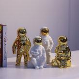 الرجل الفضائي النحت رائد فضاء رائد فضاء زخرفة تمثال المال وعاء
