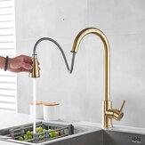Rubinetti per lavello da cucina in oro spazzolato a freddo freddo Miscelatori estraibili monocomando in ottone a 360 giri