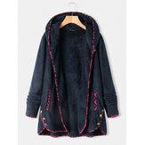 フリースプリントパッチワーク不規則な裾Plusサイズのフード付きボタンコート、ポケット付き