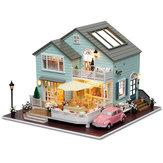 CuteRoom A-035-A Queens Town DIY Dollhouse Miniatuur Model Met Lichte Muziek Collectie Gift