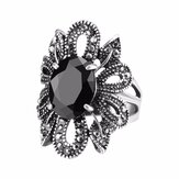 Black Crystal Antique Silver Finger Rings Berongga Bunga Punk