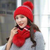 الشتاء المرأة الاستخدام المزدوج شريطية متماسكة قبعة الدراجات الصوف كاب