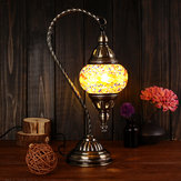 Luce notturna da comodino fatta a mano in stile turco vintage in vetro turco Swan lampada