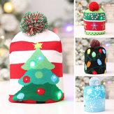 Loskii Natal Chapéu Crianças Adulto LED Luz Papai Noel Rena Boneco de neve Xmas Presentes Cap Decorações para casa Para o Natal