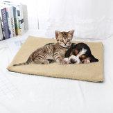 Lit Warm Fleece Pet Mat Self Couverture chauffante Coussin Chien Chat