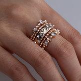 Set di anelli impilabili Anello con intarsio in metallo con strass geometrici
