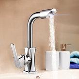 柔軟なクローム真鍮回転洗浄水注ぎ口キッチンシンクシングルレバー蛇口ミキサータップ