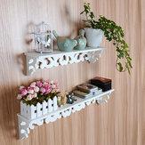 Bianco mensole forate supporto di memorizzazione della parete della casa boschive tagliato Mensola design