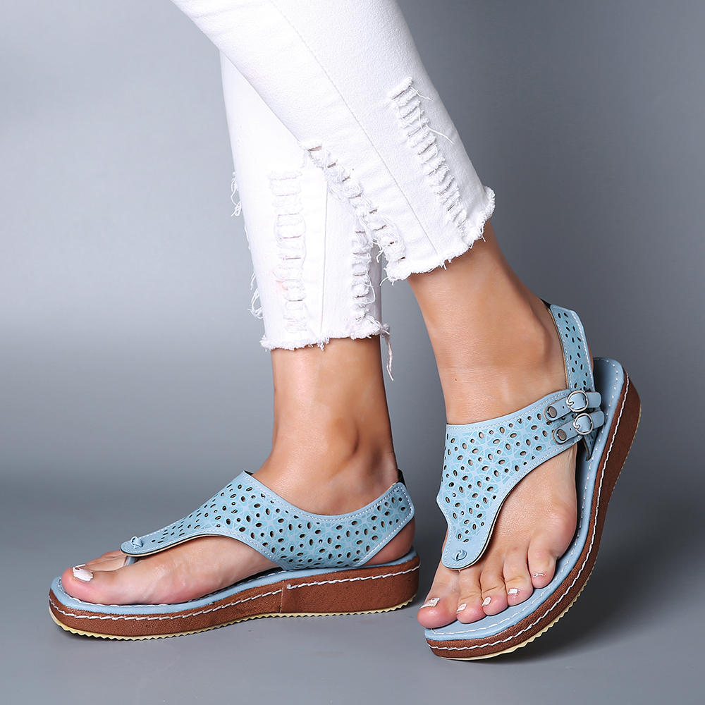 Large Size Women Casual Hollow Clip Toe Buckle Sandals