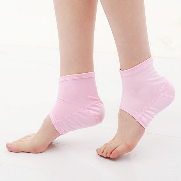 1 Pair Silicone Ankle Protection Pad Anti Crack Sports Support Moisture Heel Socks Foot Mask