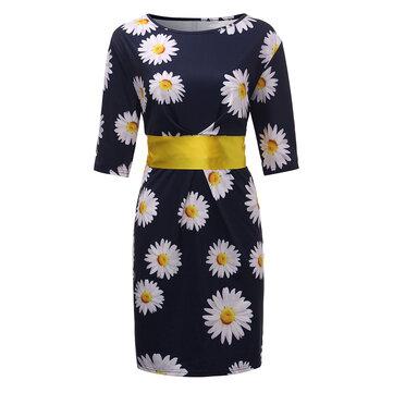 बेल्ट के साथ सुरुचिपूर्ण महिला फूल मुद्रित पेंसिल पोशाक